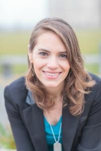 Leanne-headshot blog